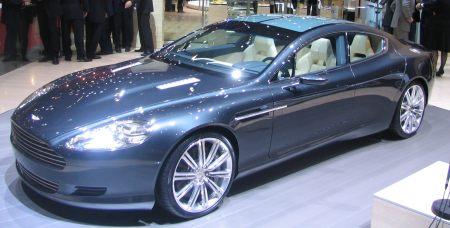 Aston Martin Rapide op de motorshow van Geneve