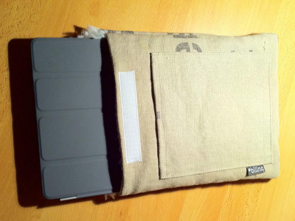 iPad met smart cover in de hoes