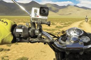 GoPro op een motorstuur