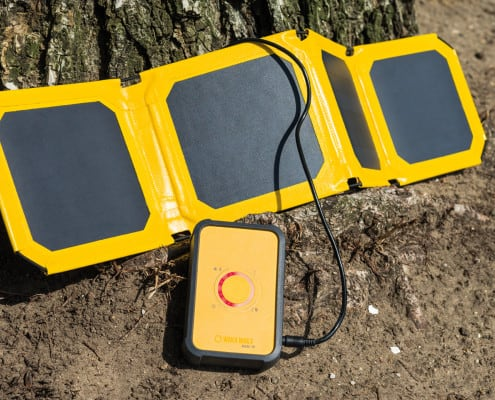 WakaWaka Base10 + LED +Solar Panel